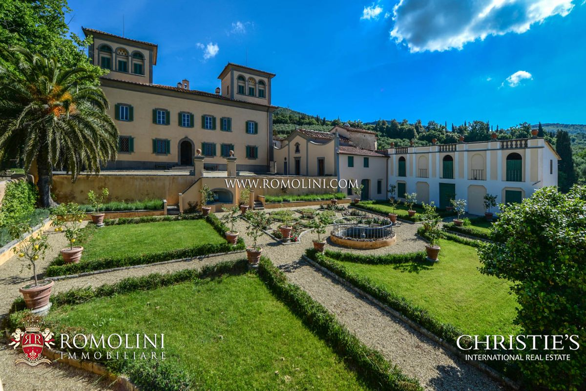 FLORENCE: LUXURY ESTATE WITH CHIANTI MONTALBANO DOCG VINEYARD FOR SALE
