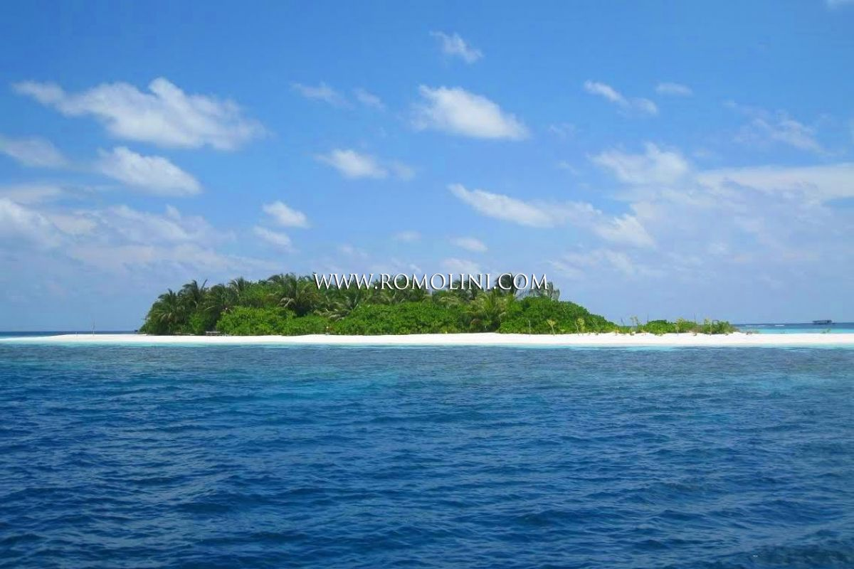 ISLAND FOR SALE IN MALDIVES