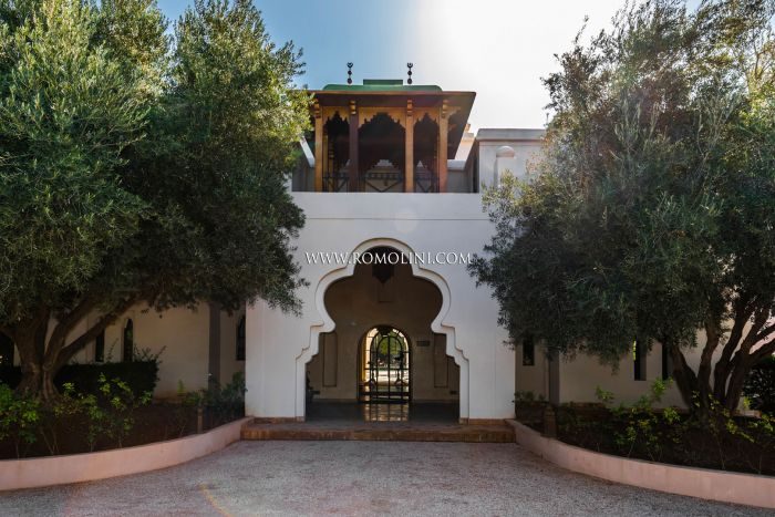 LUXURY VILLA FOR SALE IN MARRAKESH, MOROCCO