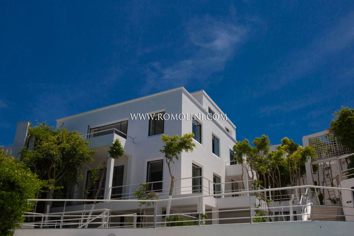VILLA ON THE SEA FOR SALE IN TANGIER, MOROCCO