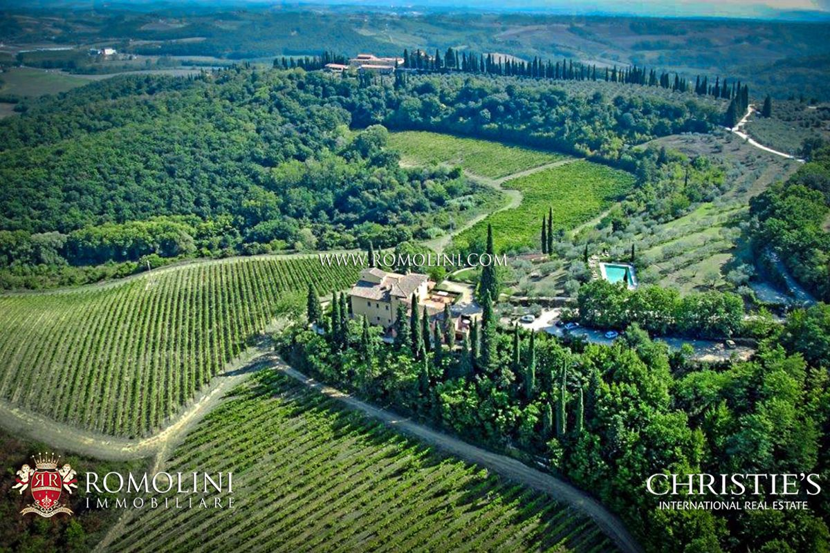TUSCAN RESORT FOR SALE IN SAN GIMIGNANO