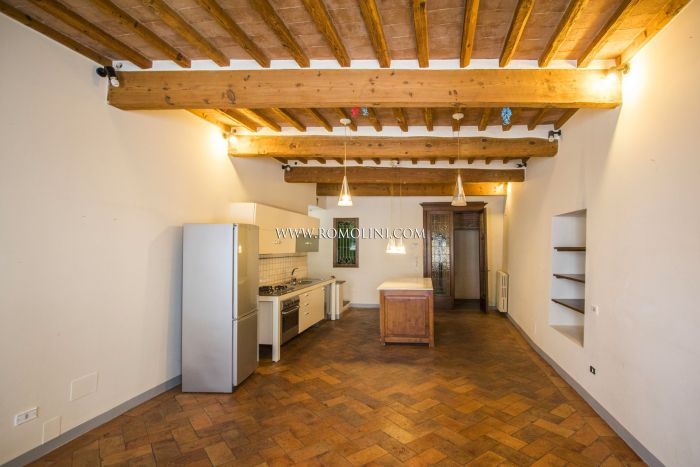 2-BEDROOM TOWNHOUSE FOR SALE VIA XX SETTEMBRE, SANSEPOLCRO