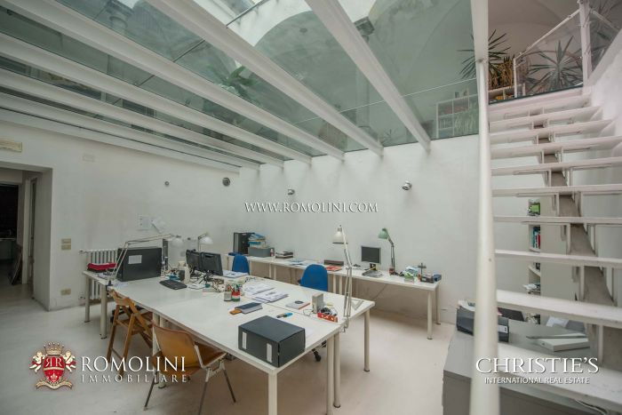APARTMENT FOR SALE IN FLORENCE