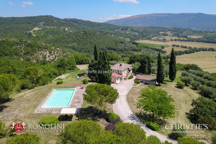 AGRITURISMO FOR SALE IN CORCIANO, UMBRIA